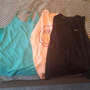 Bundle of Nike 2x xxl tank tops
